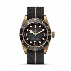 Black Bay BronzeM79250BA-0002